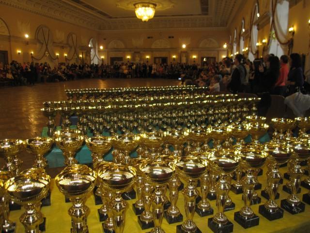 """Танцевальный турнир """"Восходящие звезды 2013"""". 23-24 февраля."""