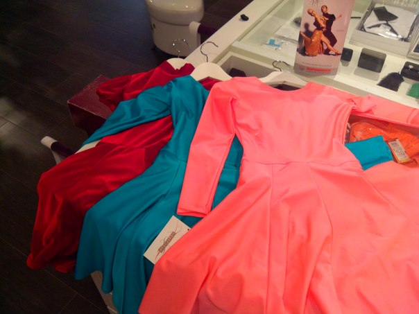 Рейтинговые платья с гипюромРейтинговые платья с гипюром