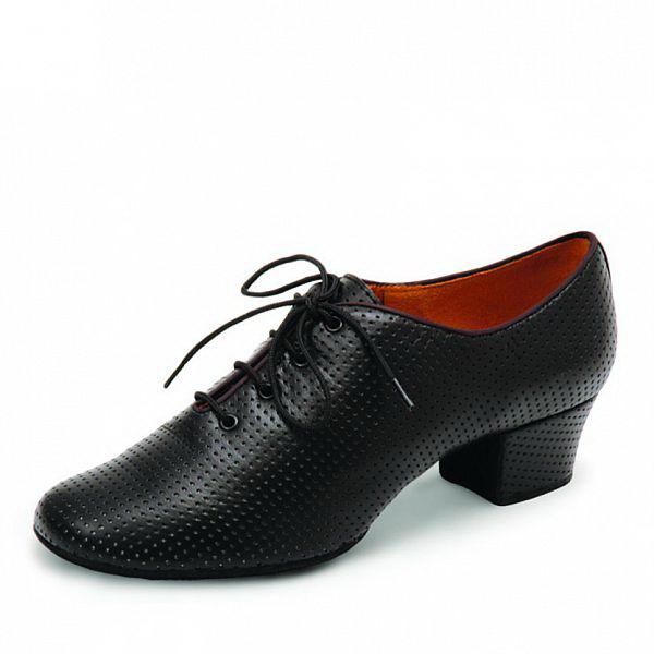 Тренировочные туфли компании «Eckse»