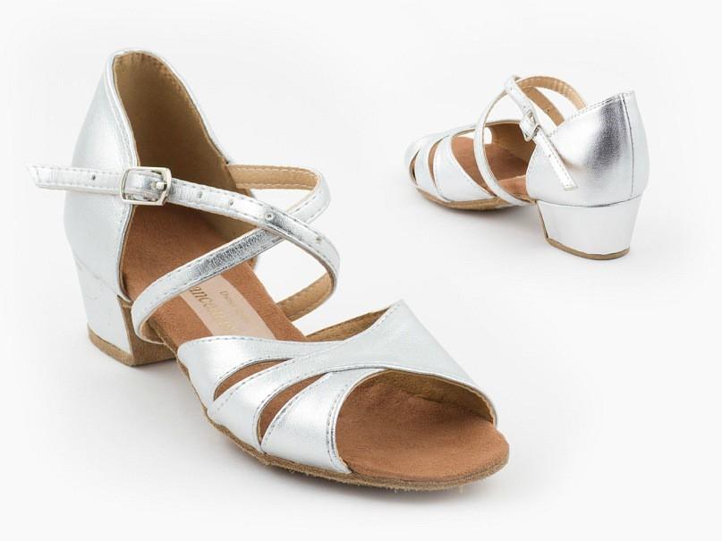 Обувь для девочек компании Dancemaster