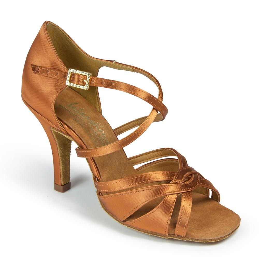 Танцевальная обувь INTERNATIONAL DANCE SHOES